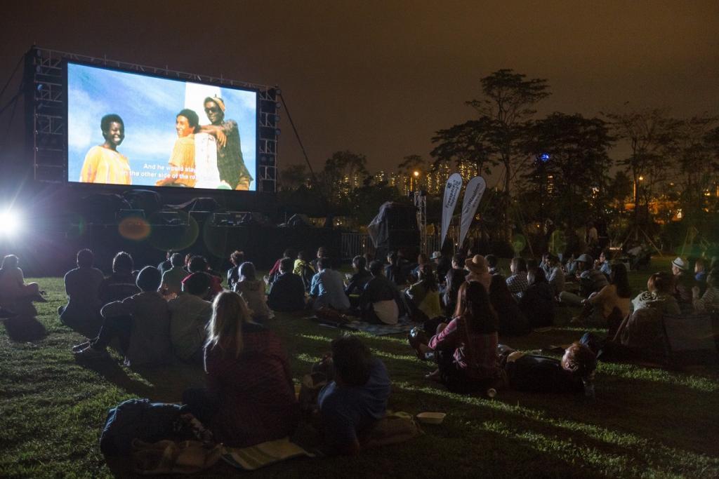 20160926000158_0_outdoor_cinema